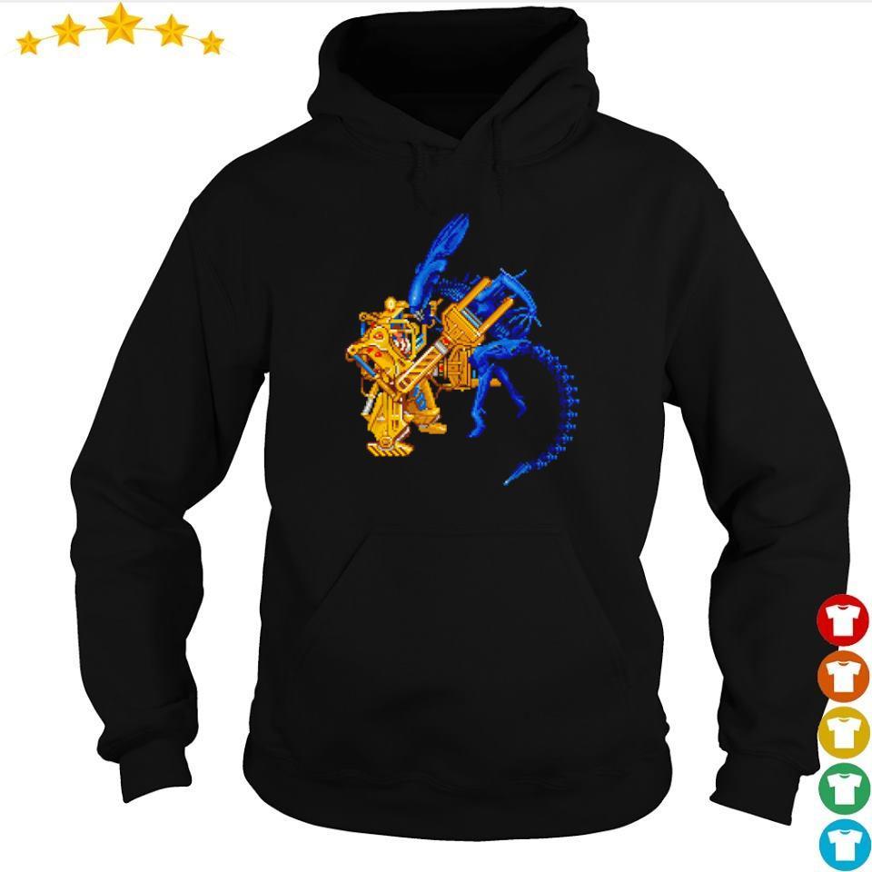 Aliens llen Ripley in a Caterpillar P-5000 s hoodie
